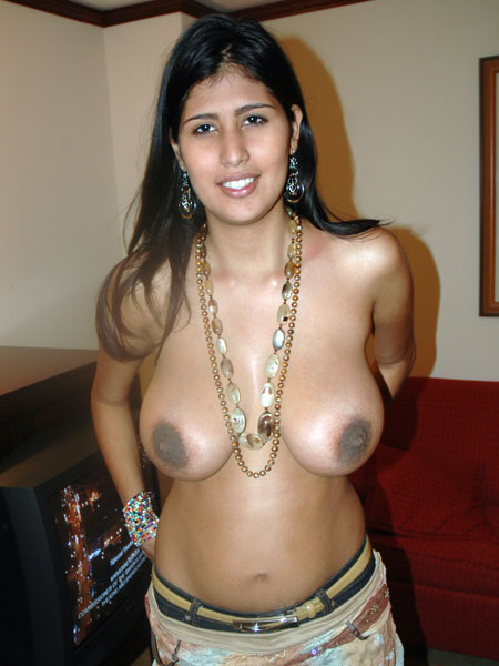 excellent clevage hot boobs aunty № 344101