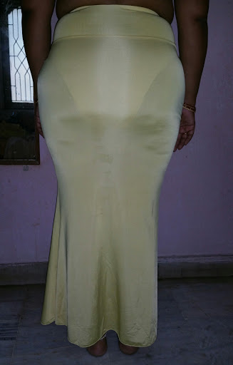 Mallu aunty nude petticoat blouse back tight ass