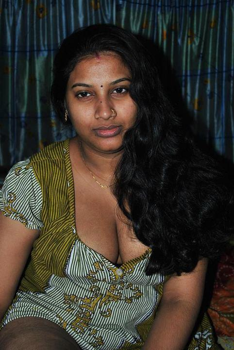 porn photos of mallu wives in petticoat