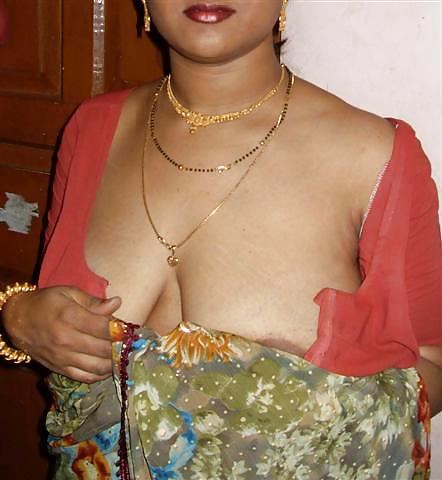 Aunty.blouse.boobs.pic. matchless message