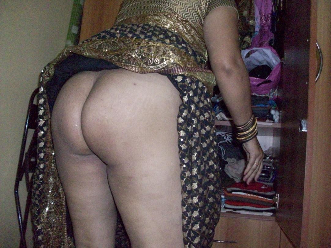 saree Sexy nude aunty back