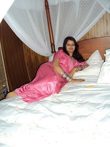 image Marathi bhabhi exposing for lover