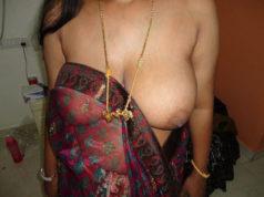 gaon ki aunty saree removing