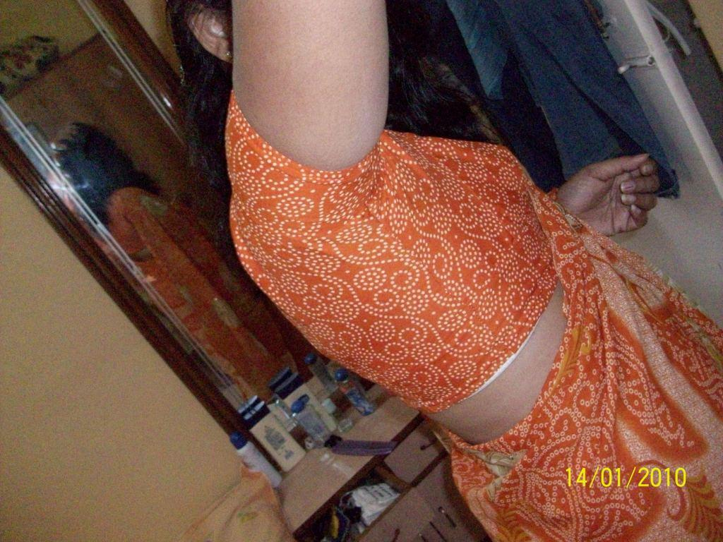 view blouse xxx aunty side Real