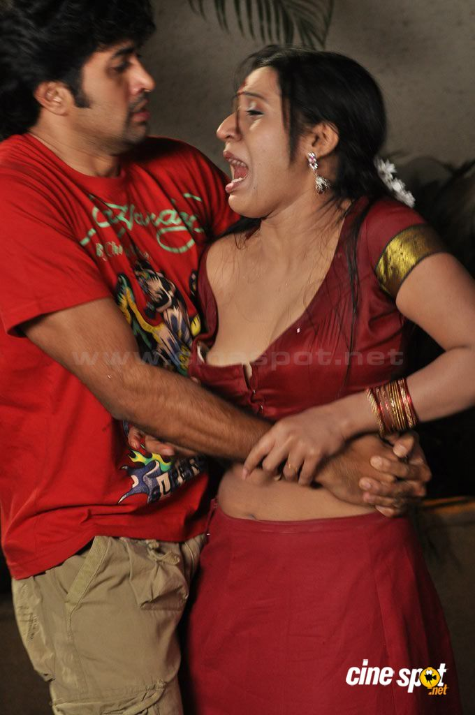 Tamil aunty blouse hot image