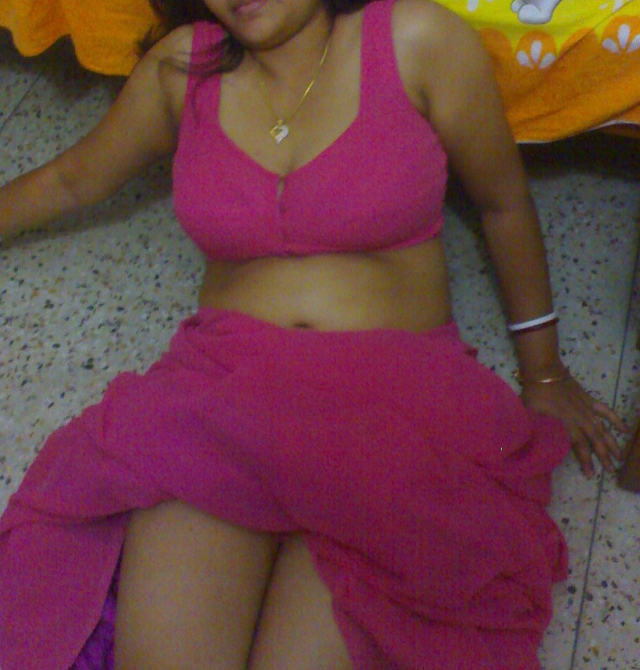Indian sexy bhabhi fucked by boyfriend