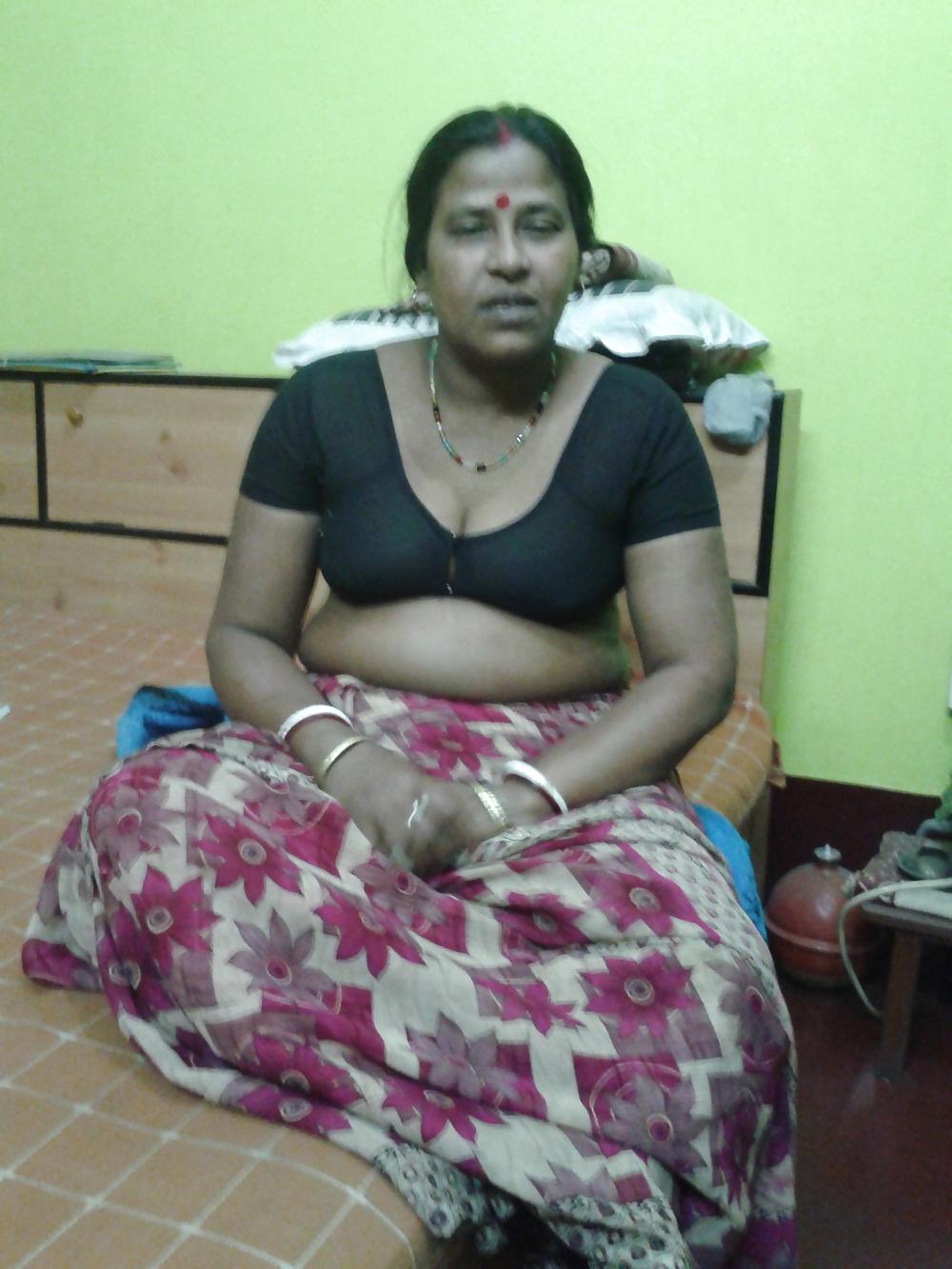 Indian hot bhabi video-3397