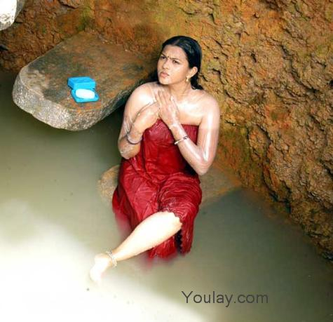bengali women bathing pic
