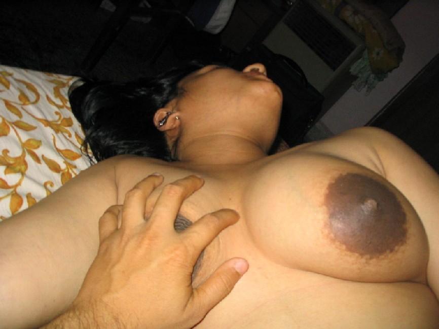 Nude desi moms boobs photo