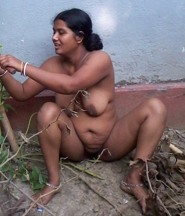 Aunties real nude tamil