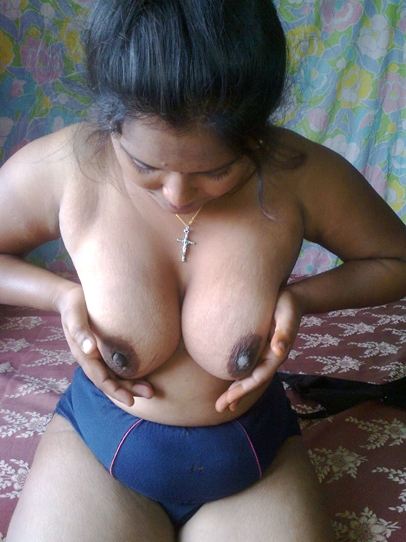 Older Woman Flashing Tits