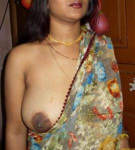 Indian village wife boobs without bra blouse photo - 2016 ...