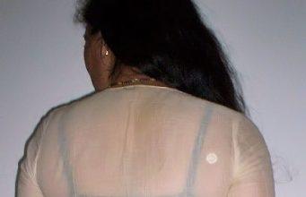 lady bra visible