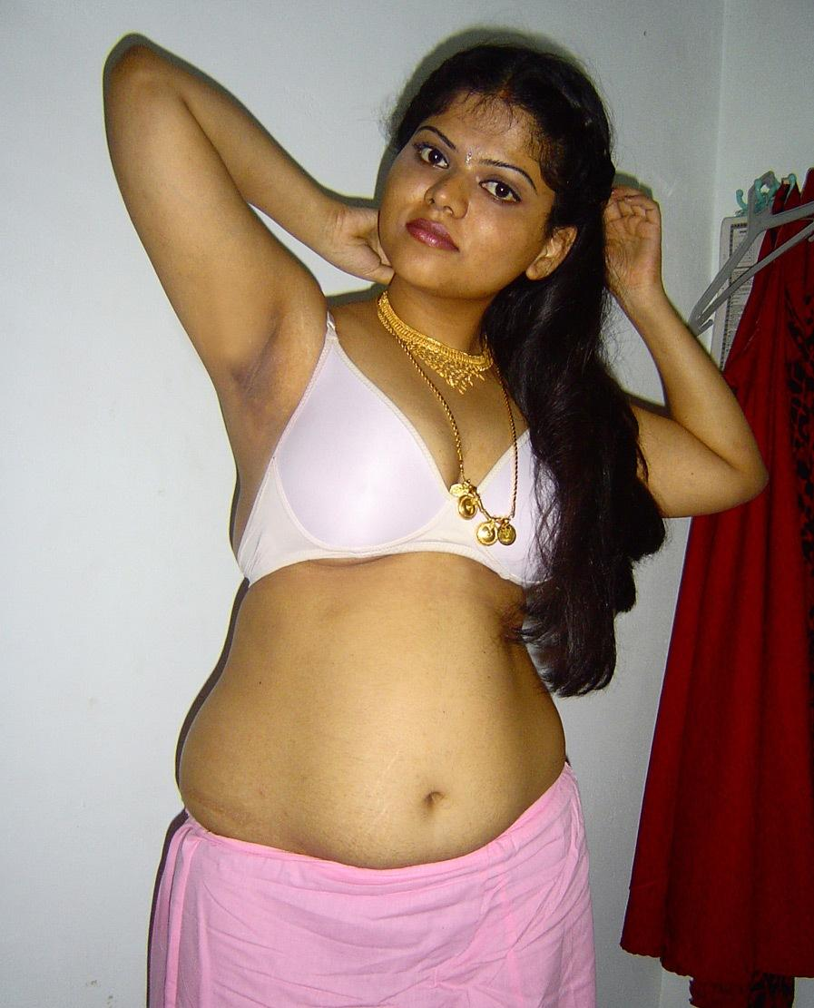 hindi girl naked photo gallery