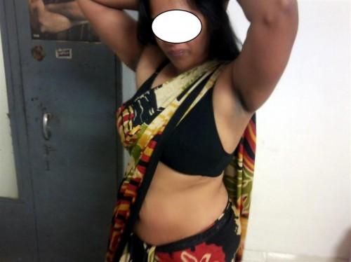 Lady bra Visible under transparent blouse   Milf Saree Remove HD Pics