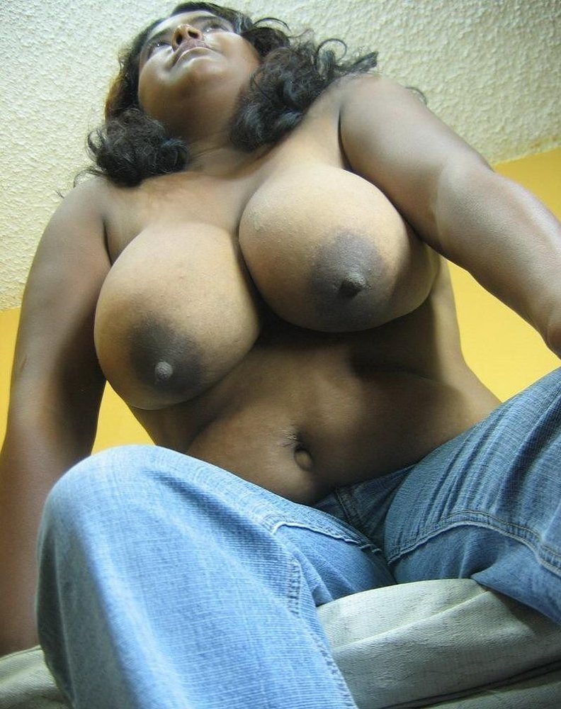 Indian desi girls big tits