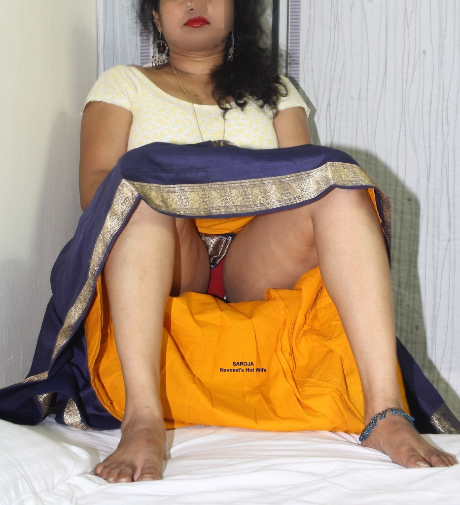 Desi indian bhabhi removing saree