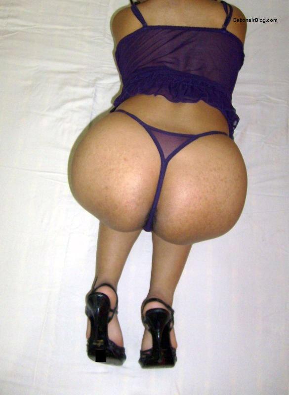 Hot aunty big nude gaand