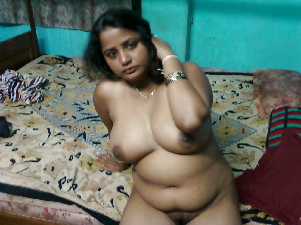 hot chubby aunty naked