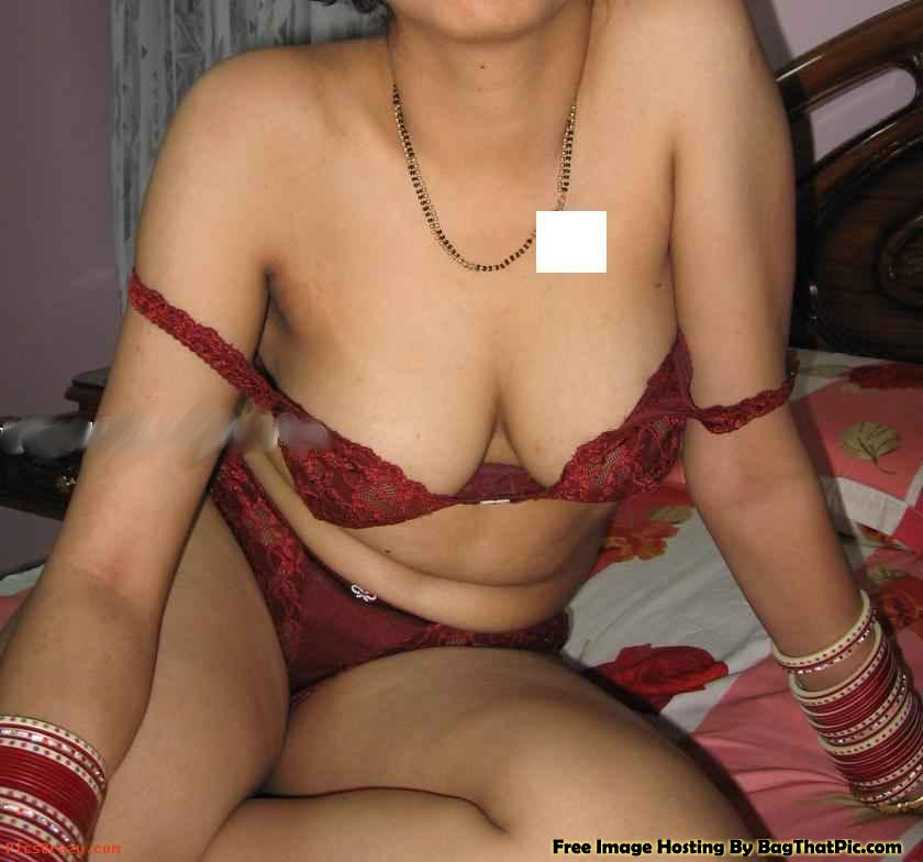Desi bhabhi ki weding night ki panty bra photo | Pressing ...