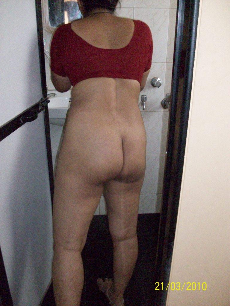 tamil-aunty-big-ass-3 -