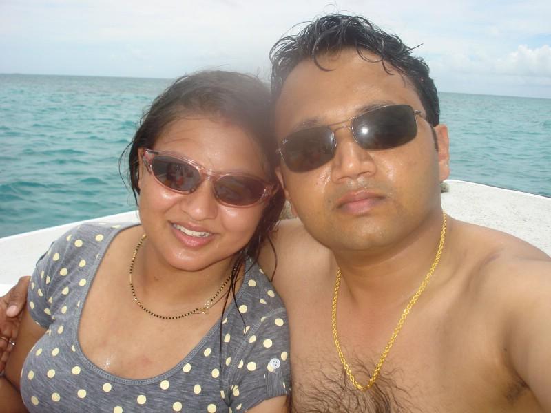 Newly Married Bhabhi Honeymoon Real Pic  Posing In -8613
