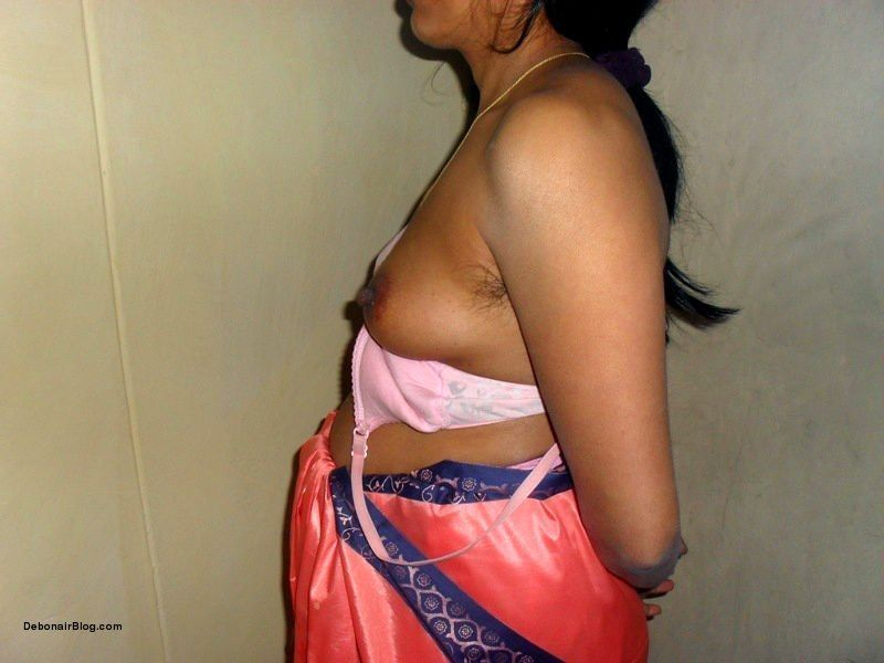 Savita bhabhi saree change n patikot wearing photos