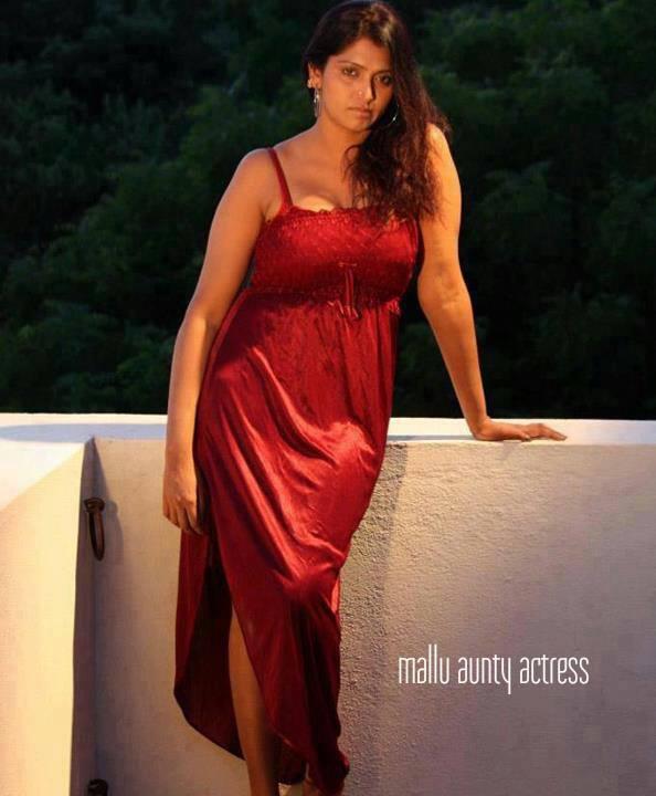 Transparent Indian Sexy Girls Mallu Aunty Nighty Photos-5419
