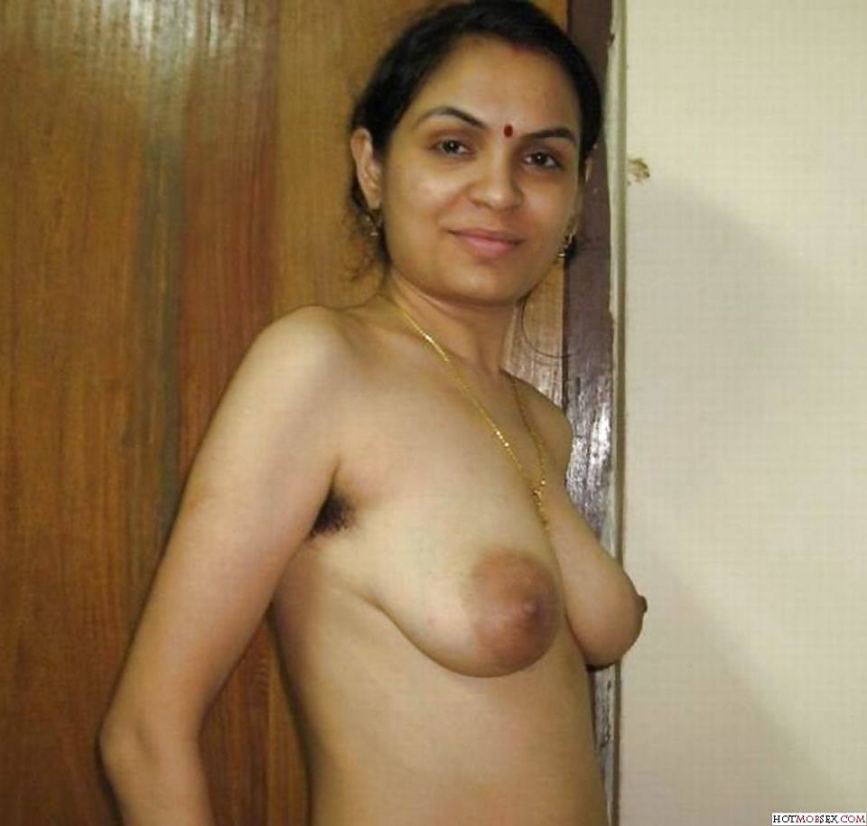 Cute telugu aunty nude hd photos