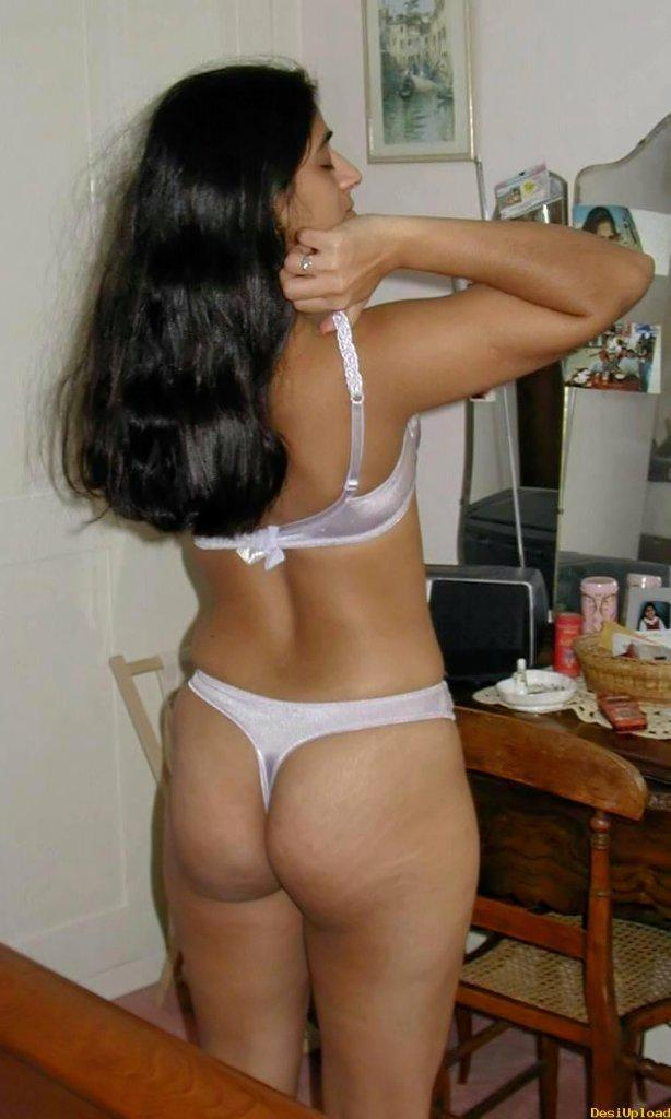 Nude indian girl with phat ass