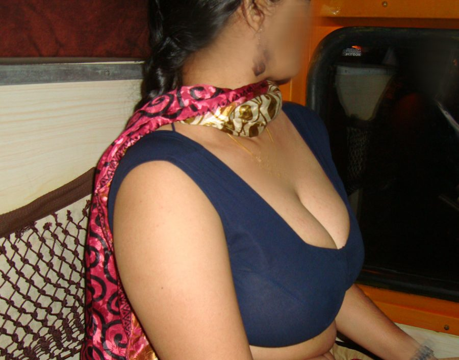 Saree xxx mom