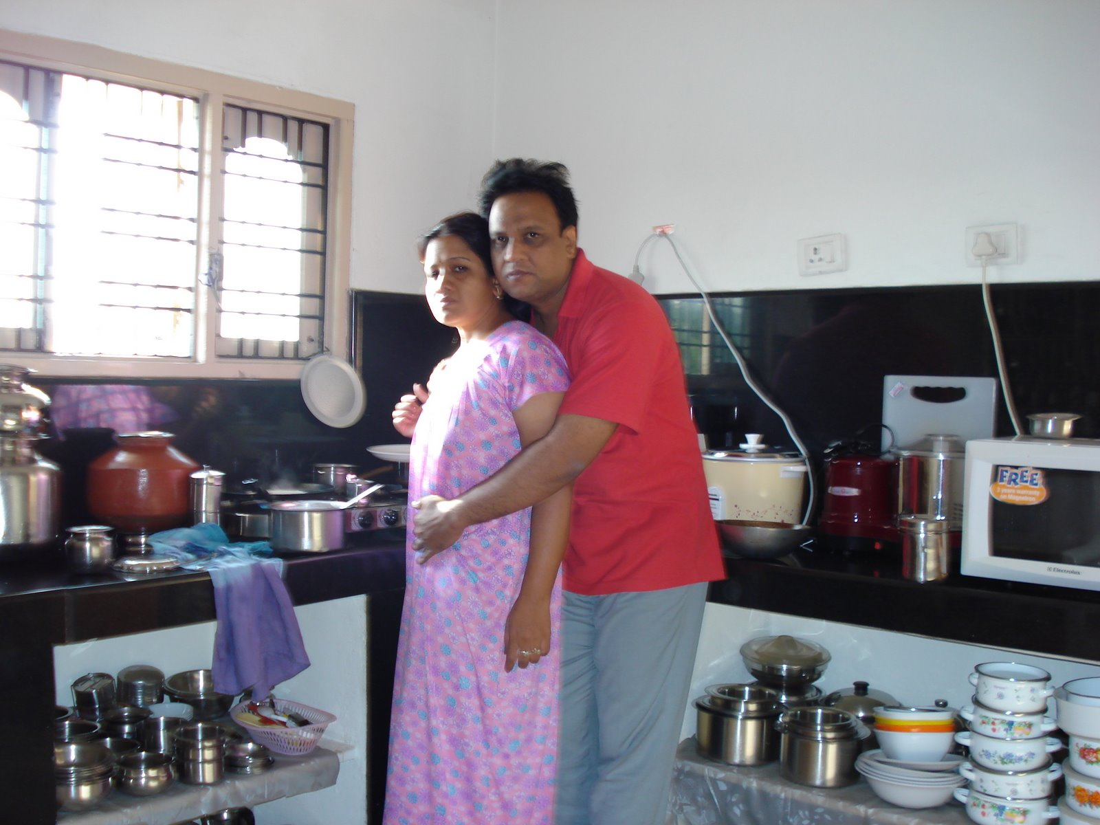 Bhabhi ki kitchen me masti - 5 4