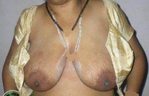 Desi bhabhi huge boobs hot pics