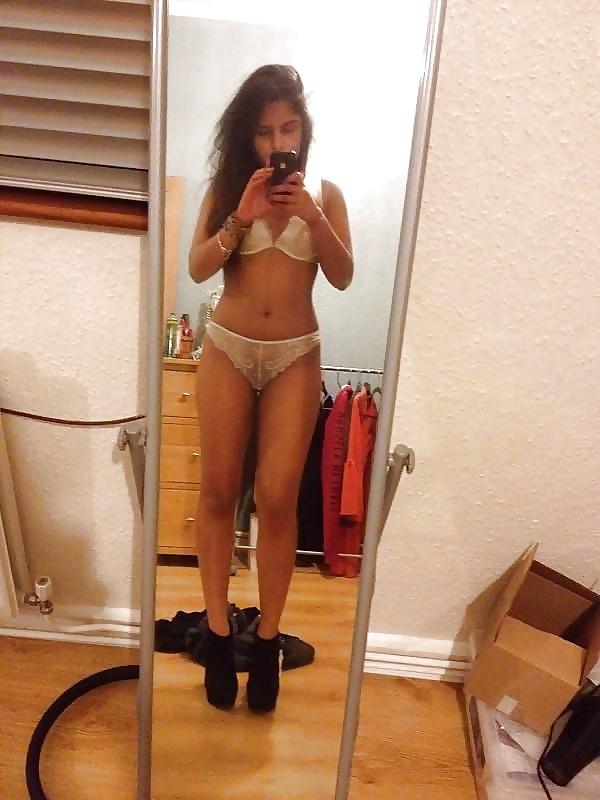 Xxx nud bangly girl