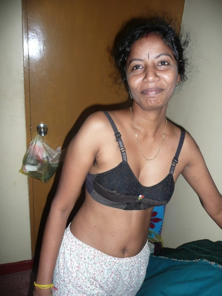old aunty naked photo