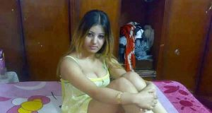 Hot indian desi woman