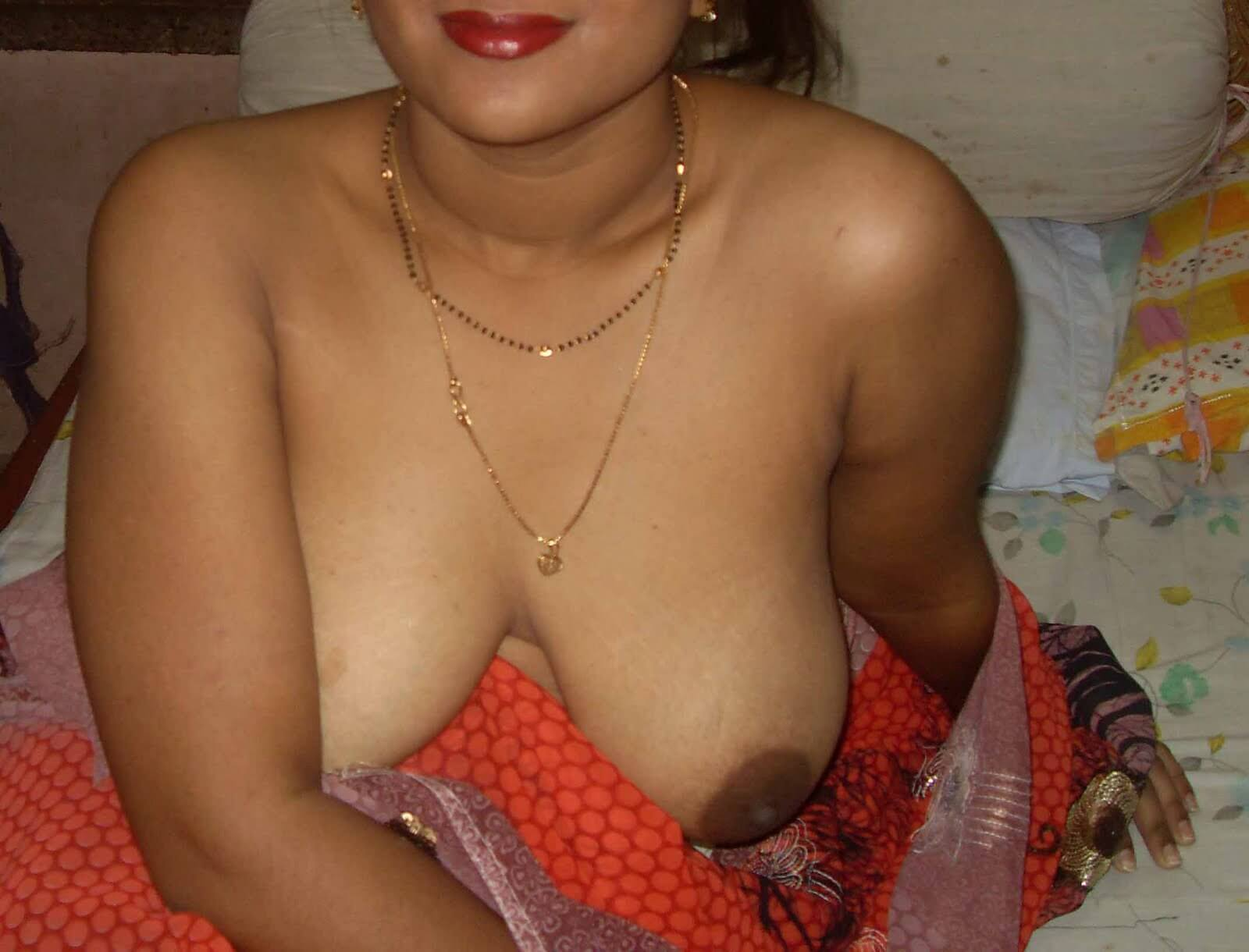 nude bhabhi in hot moment