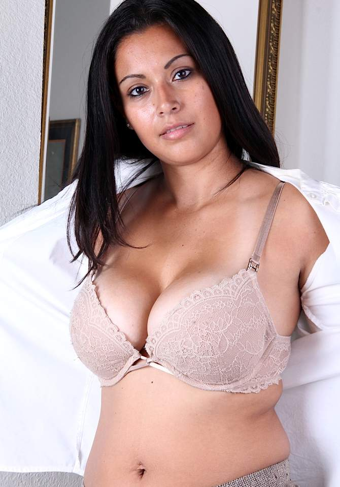 Desi aunties bra panty wear photos tumbler with