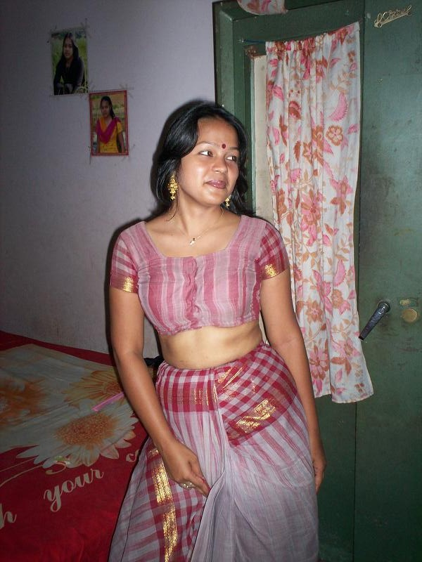 Excellent answer Nude indian girls saree boob