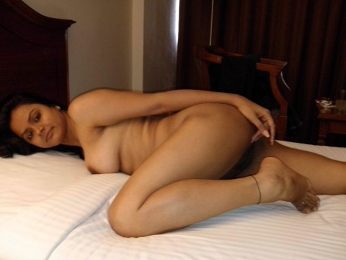 amauter asian girl naked