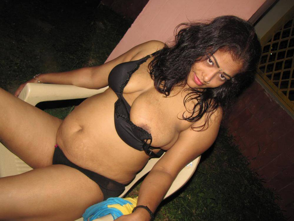 indian school girls in bikini