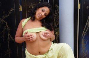 Erotic seduce sizzling girls xxx sex