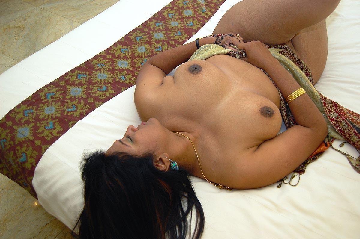 kashmir bhabhi naked sex photos