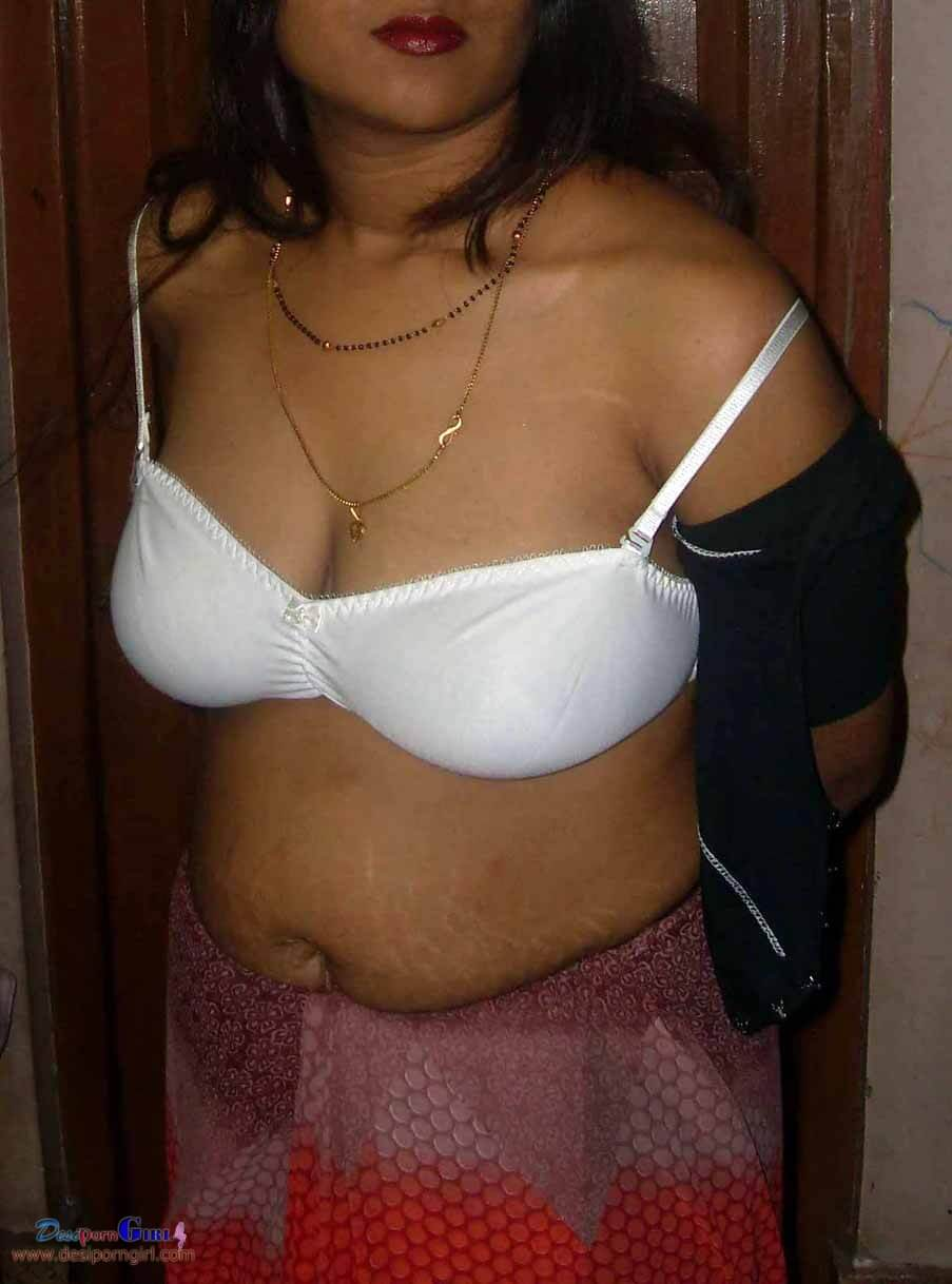 All weak desi aunty big boobs pics hot!&nbsp