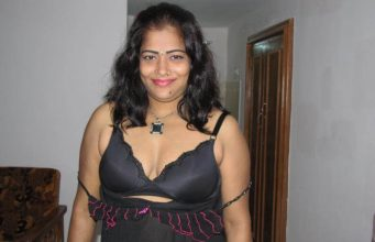 Aunties boobs transparent nighty