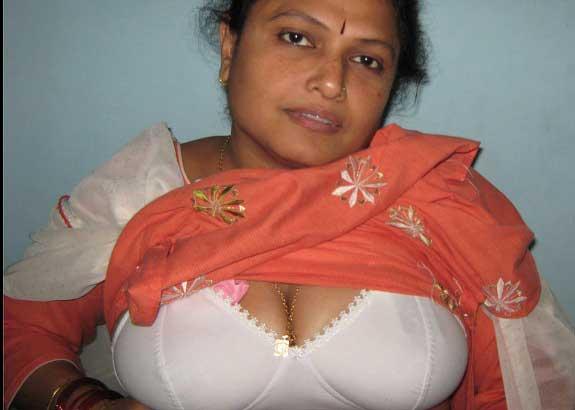 Bangla desi village girl bathing in dhaka - 2 part 3