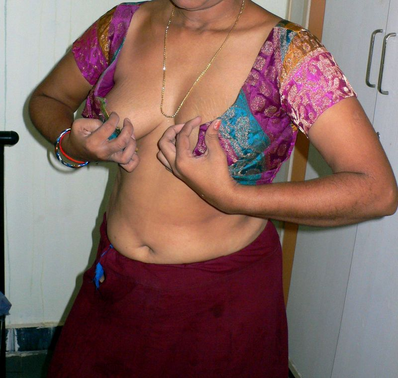 Nude bhabi blouse sexy photo