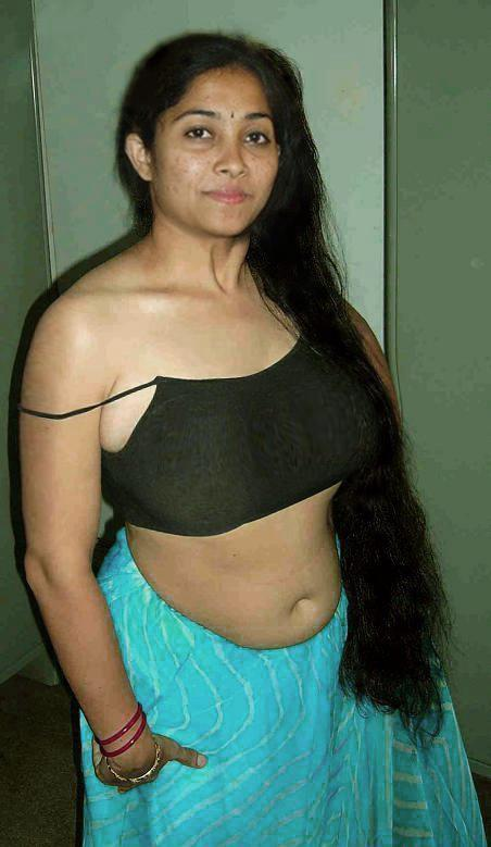 Telugu saree aunty nude photos