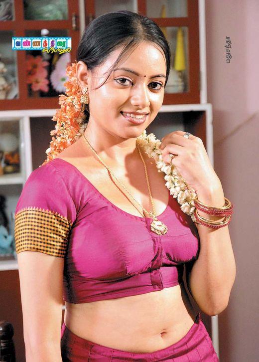 Sexy Blouse Wali Bhabhi Ki Moti Chuchi-9743