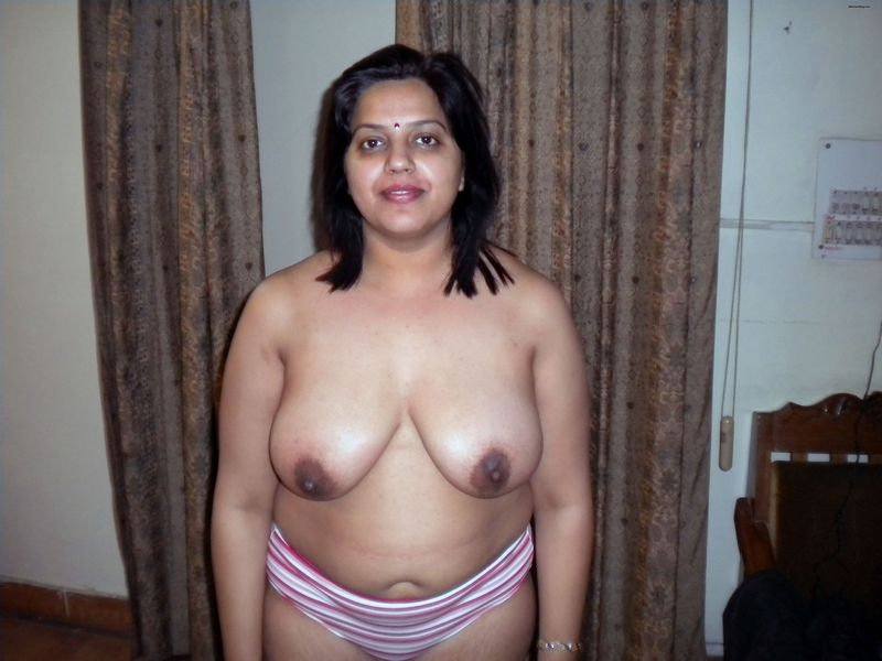 Indian Anty In Sexy Blawj